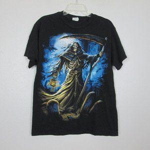 Graphic T-Shirt Size Medium